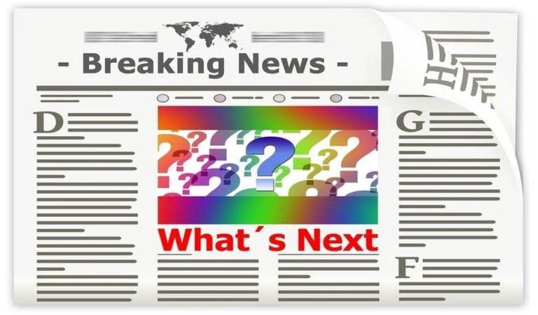 Halaman Depan Koran (Newspaper) Breaking News dan What's Next Hitam Putih Bola Dunia Tanda Tanya
