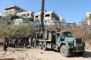 Kabar Palestina, 21 Juni 2013 Proses Pengalian Sumur Air (Deep Well)