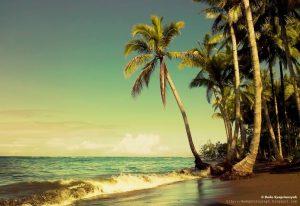 Pantai Kastela di Ternate Indonesia