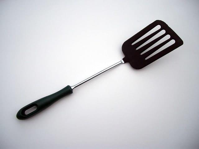 Sodet atau spatula